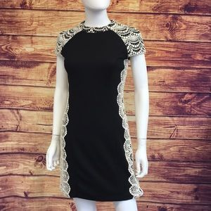 Kensie Black Form-Fitting With Lace Details Dress